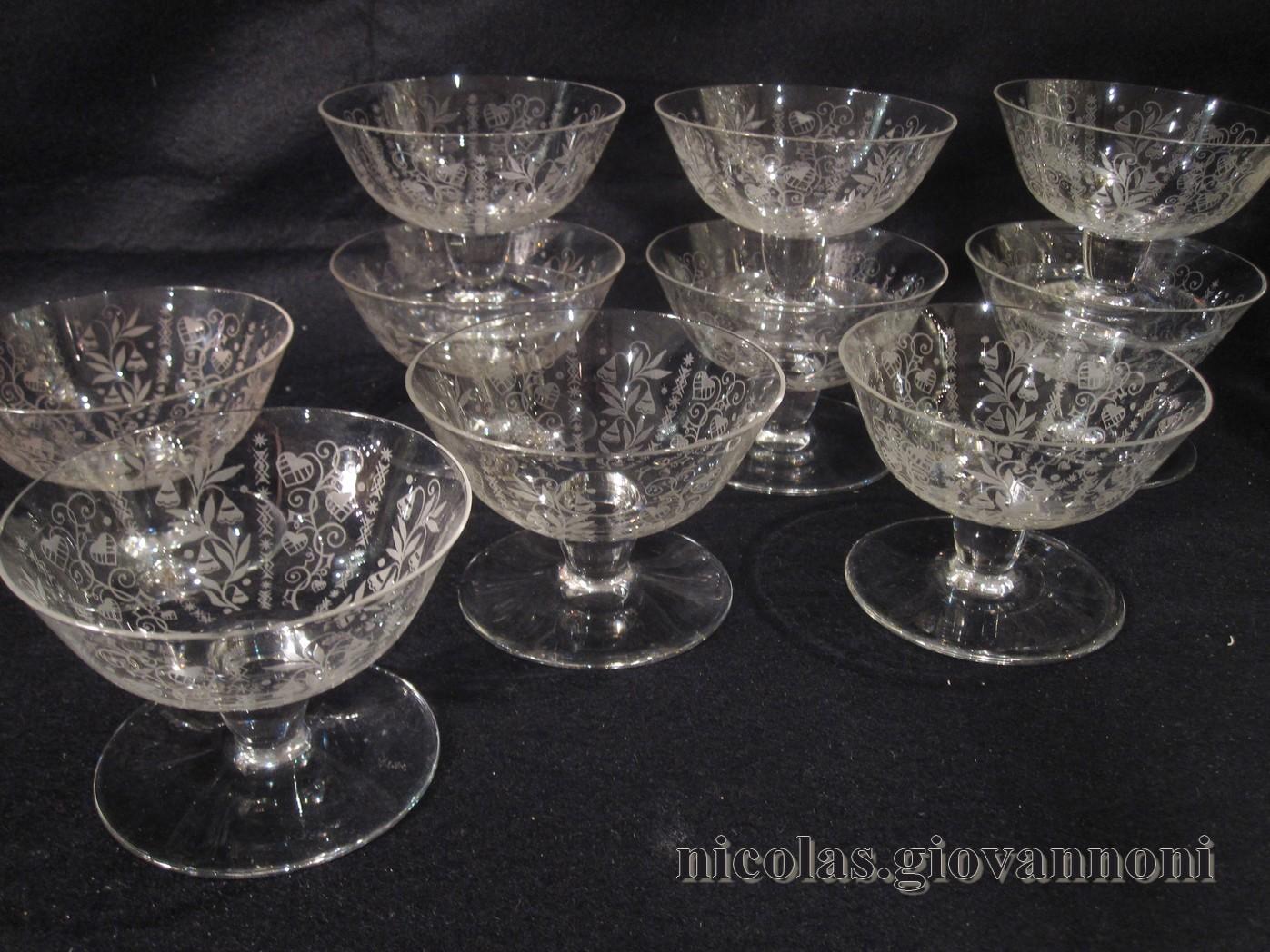 11 coupes champagne delvaux cristal catalogue cristal de france nicolas giovannoni. Black Bedroom Furniture Sets. Home Design Ideas